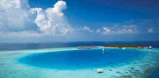 island hopping in the maldives